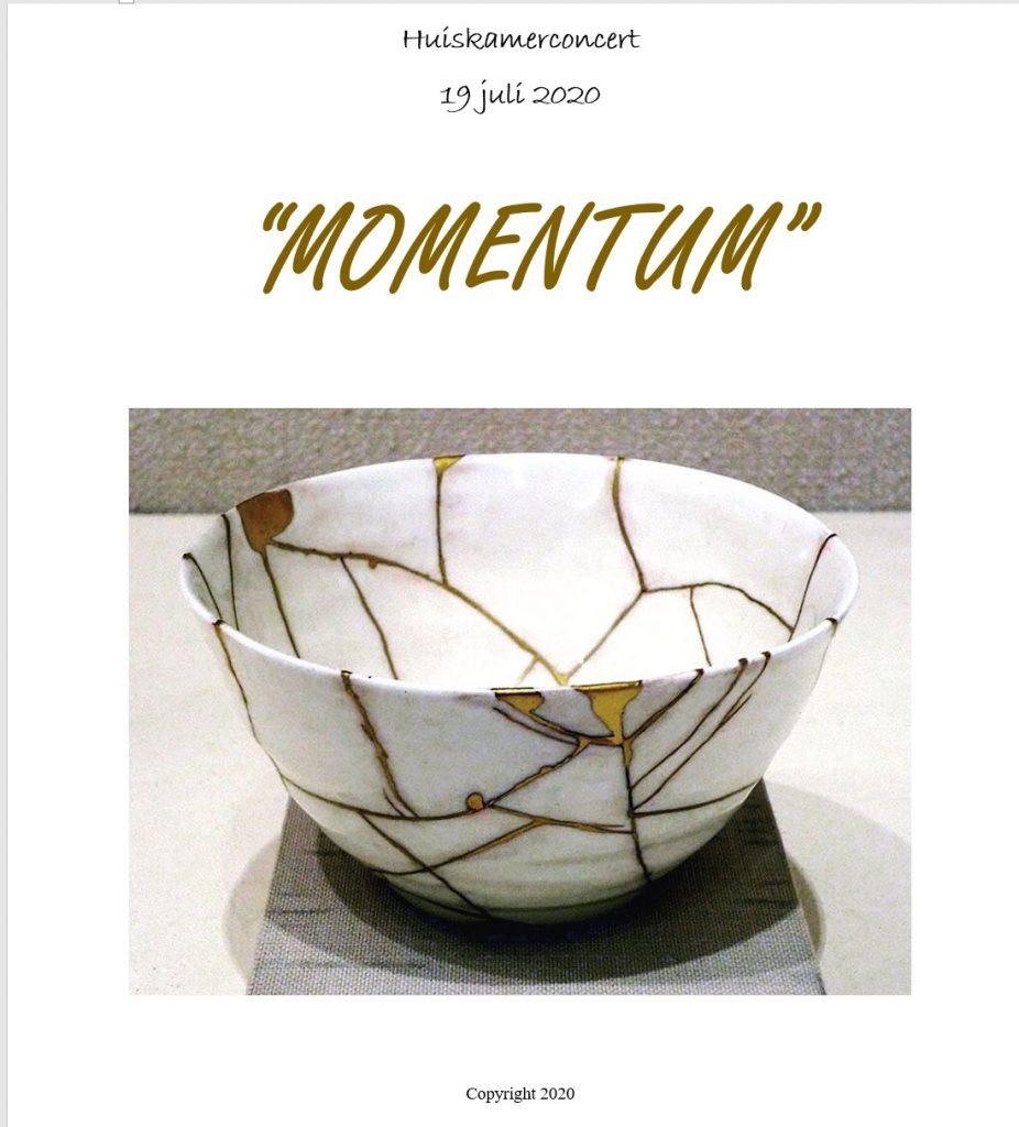 cover aandenkenboekje Huiskamerconcert: Momentum